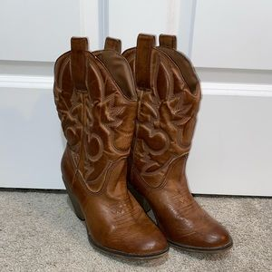 MIA girl brown leather cowgirl boots